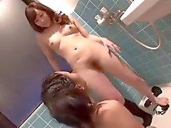 asian adorazione piedi Lesbian