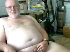 spettacolo di nonno sulla webcam