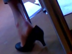 Candid Shoeplay Libertine Bibliothécaire Pt 1 ( faceshot )