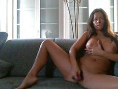 Masturbando guardando il porn