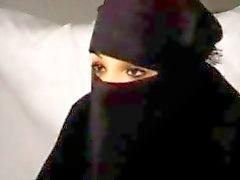 Siyah Burka Arap Müslüman Kız Nadia Büyük Batı Avrupa Cumhuriyetçi Fransız Penis üzerinde berbat