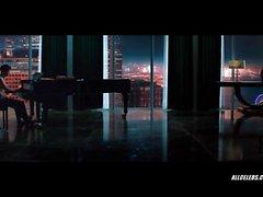 Dakota Johnson dans Fifty Shades Of Grey