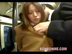 studentessa sedotti scopata da del disadattato con l'autobus 03