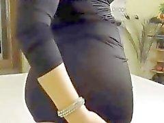 Webcam girl mostra il suo culo perfetto