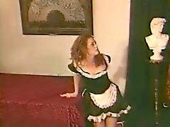 Chloe Nicole - Donna delle pulizie Spanking