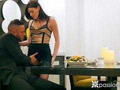 PASSION-HD Spontaani illallinen vittu Jessica Rexille