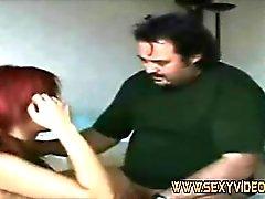 Krista suce son client dick sur hotelroom