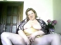 Ama Granny Sonja dildoing como en casa