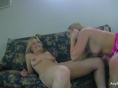 Home video sex with Avy Scott and Aurora Snow