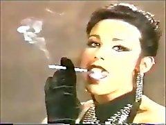 Bello Me Le ( nei sogni ) negli anni '90 con un feticcio fumare