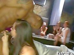Le galline feste Casalinghe cazzo il nero disco per via orale
