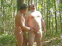 Due Orsi di Ga in bosco
