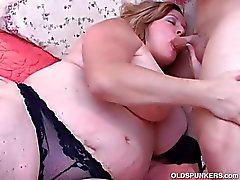 Beautiful big del ventre e seni maturazione BBW