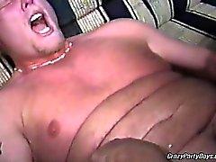 Orgy gai extraordinaire avec quelques types chauds potelées . Tous sont