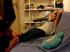 sniff odeur puante tunisienne pieds tunisienne