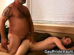 Pelosa omosessuale bear fottuto Sesta part5