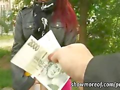 Para için Redhead amatör bir Çek kız anal horoz sürme