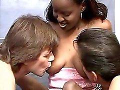 allattamento al seno il i gemelli