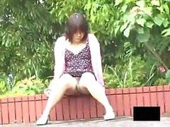 Asian Nuoret Upskirt - Stringit Ei oikea paikka Katsokaamme perse & pillua 9