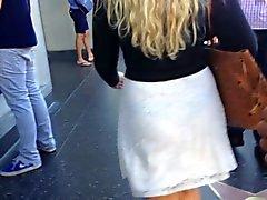 Durchschauen Dick ass weißen Kleid schwarzen Zapfen