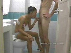 Thai Hooker Tuvalet Cock of Berbat