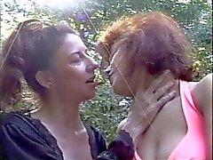 В ПЕРВЫЙ РАЗ лесбиянкам 5 - Картина 1