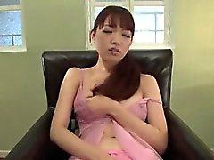 Tsurara Junna se sent étonnant pendant la baise hardcore