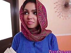 Peituda adolescentes muçulmanos creme de