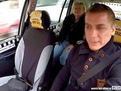Checa loira madura com fome por Taxi Drivers Galo