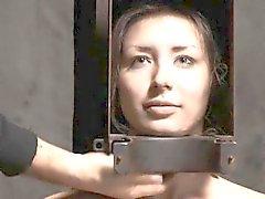 Imbavagliato e delimitata per il castigation