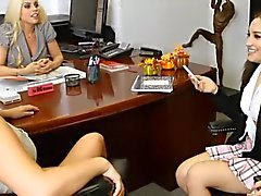 Warm Büro Lesbisch Flotter Dreier