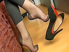 seksikäs nylon jalkansa tease