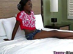 Von Wam schwarzem Teenager in Ho pumpt