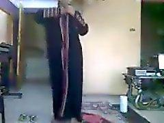 Egyptiläiset MILF cums vierailua toiminta huonehinta on 10:45