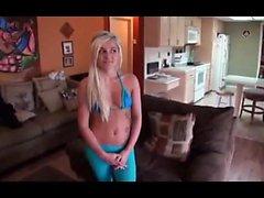 Горячая блондинка POV Pussy Masturbation HD
