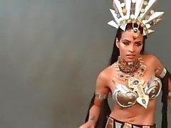 Zelina Vega WWE seksikäs tanssi