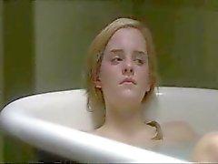 Emma Watson baden met vriendin naakt