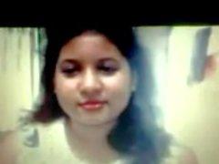 Siddheswari Girls College Nyma Orthy montrant des seins