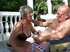 Luonnonoikku aivan vanhat woman