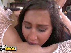 BANGBROS - Valerie Kay, Bella Reese e Marissa si fanno sfondare il culo