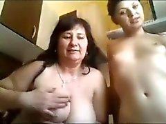Alt jungen Webcam Lesbians