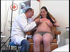 Гинеколог осмотрел пациента pt1-More On HDMilfCam com