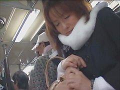 JDT47 : Pericoloso del bus Japanese05