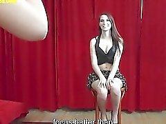 A Amazing teen ottiene la figa leccano alla del clip servizio fotografico