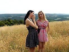 Kallistuman brittiläinen lesbo