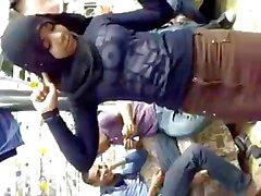 Arabische Hijabi Hoer Dancing 5