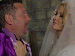 Lovely bride Jessica Drake sucking cock