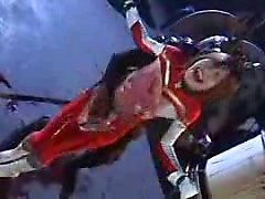Dazzling supergirl japonês com um rabo celeste se acostuma a