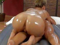 Gladde massage lesbische seks