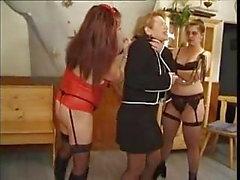 Esclavo lesbianas francés